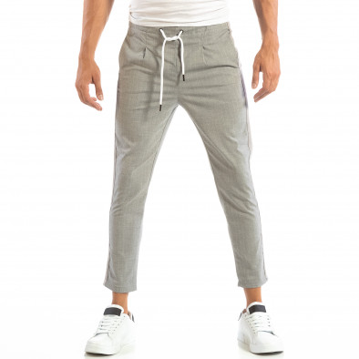 Pantaloni ușori în gri deschis în dungi pentru bărbați it240818-68 3
