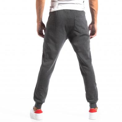 Pantaloni sport gri închis cu benzi roșii pentru bărbați it250918-45 4