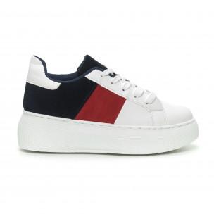 Teniși în alb, roșu și albastru cu platforma pentru dama