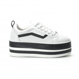 Teniși în alb și negru cu platforma pentru dama
