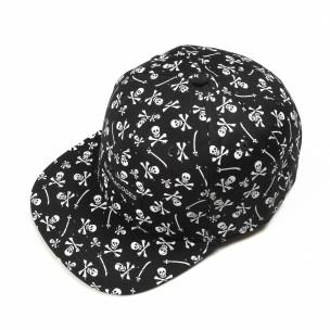 Șapcă neagră cu cranii