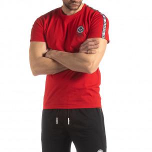 Tricou de bărbați roșu cu logo și bandă