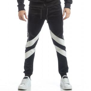 Pantaloni sport de bărbați negri cu V benzi  2