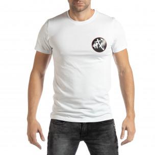 Tricou alb cu motiv oriental pentru bărbați