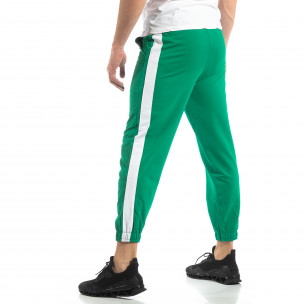 Pantaloni de trening pentru bărbați în verde cu bandă 2
