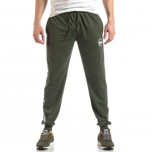 Pantaloni sport de bărbați verzi cu logo și benzi  2
