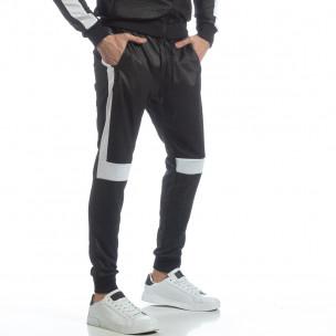 Pantaloni sport de bărbați negri cu alb