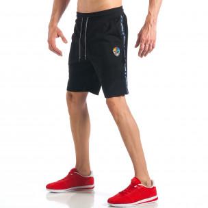 Pantaloni scurți de bărbați negri cu aplicație la crac