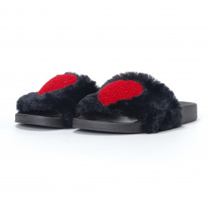 Papuci pufoși de dama negri cu inimioara 2