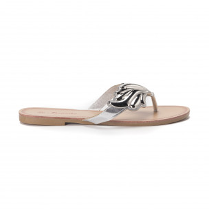 Papuci de damă cu decoraţiune metalică argintie
