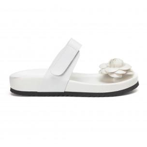 Papuci de dama albi cu floare