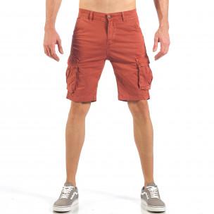 Pantaloni cargo scurți de bărbați în roșu