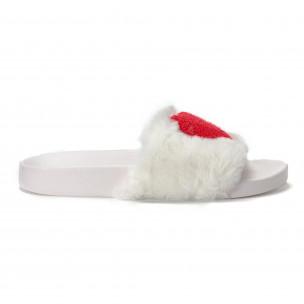 Papuci pufoși de dama albi cu inimioara