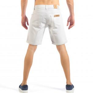 Blugi scurți de bărbați albi cu manșete 2