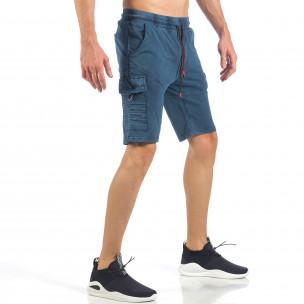 Pantaloni scurți de bărbați cu buzunare cargo în culoarea denim  2