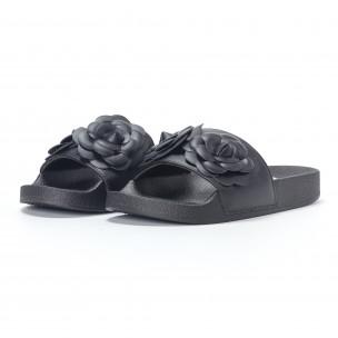 Papuci de dama negri cu flori embosate 2