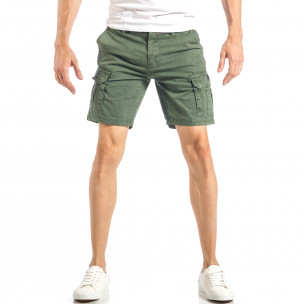 Pantaloni cargo scurți de bărbați verzi cu o imprimare mică