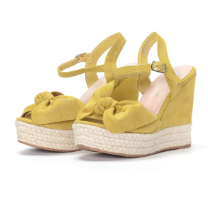 Sandale de dama galbene cu platforma 2