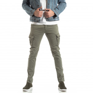 Pantaloni în gri-bej tip cargo pentru bărbați