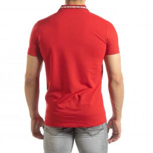 Polo de bărbați roșu cu imprimeu pe guler 2