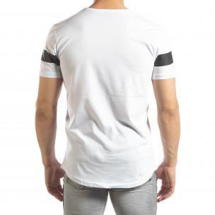 Tricou pentru bărbați alb cu inscripții  2