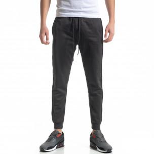 Pantaloni de trening gri cu bandă de bărbați   2