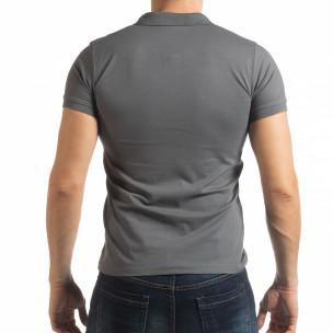 Tricou gri cu accente pentru bărbați  2