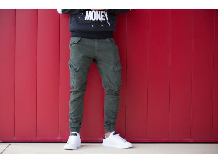 Alege cargo - alegerea practică pentru pantaloni